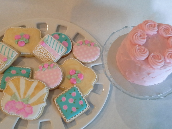 girly cookies and smash cake 4_16_16 (600x450)