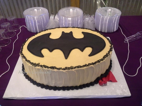 Batman groom's cake 7_12_14