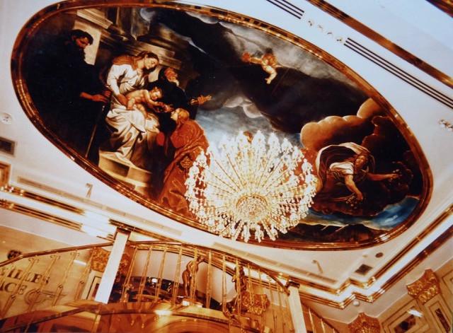 REP Versailles Palace plaf copie.jpeg