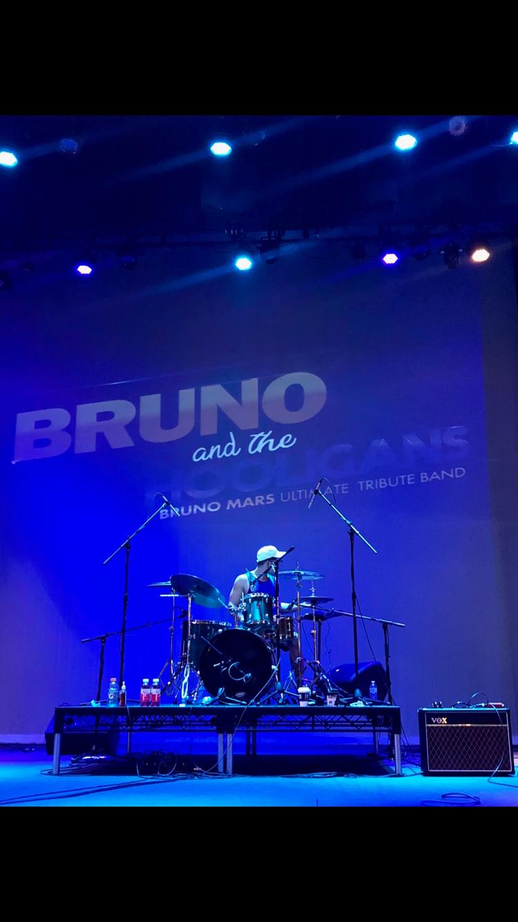 """BRUNO and the HOOLIGANS"" - Bruno Mars U"