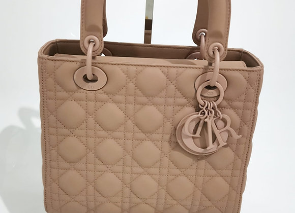 Dior Lady Matt Cipria Media