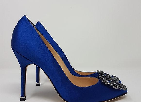 Manolo Hangisi blue royale