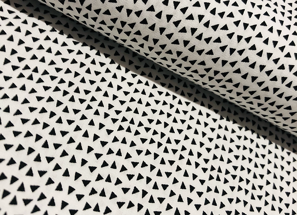 Popeline de coton -Triangle  noir - 9€/m