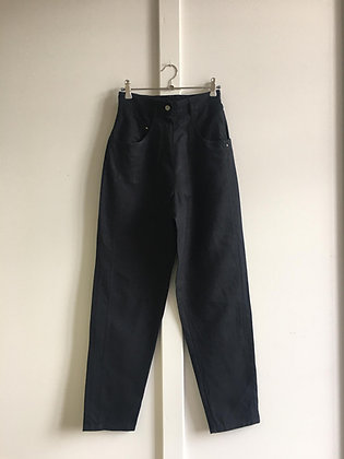 Pantalon noir en lin