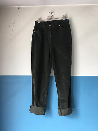 Pantalon kaki en velours côtelé