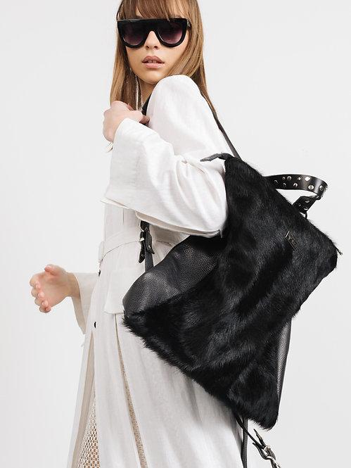 NOA Vagabond Fur backpack black