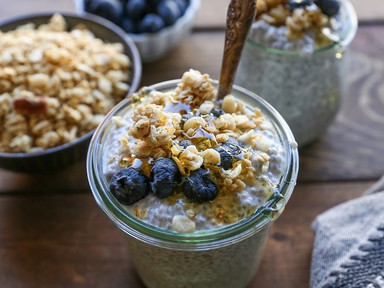 What I actually eat for breakfast... chia seed pudding!