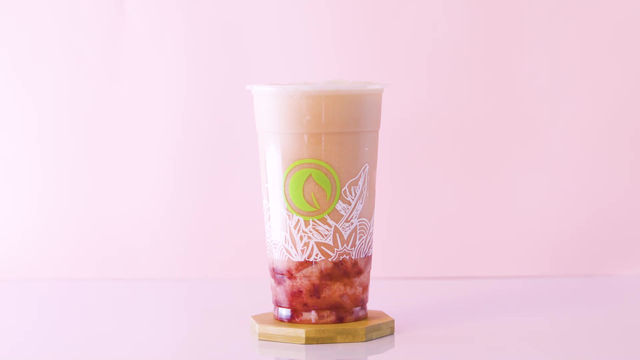 Our Strawberry Milk Tea gives you the perfect blend of Black Tea, Strawberry, Nata sinkers, and Milk