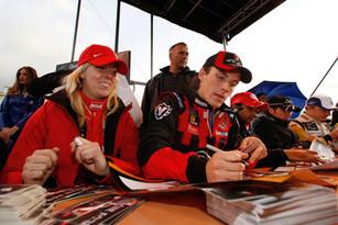 Autographs_Assen2.jpg