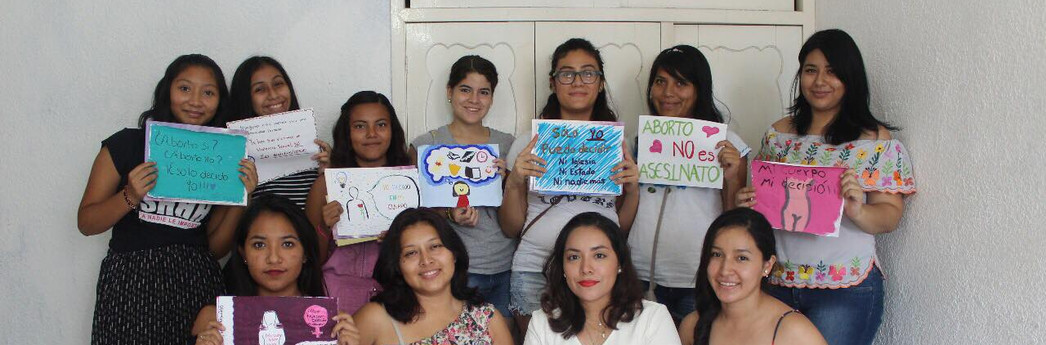 Formación en liderazgos de mujeres jóvenes