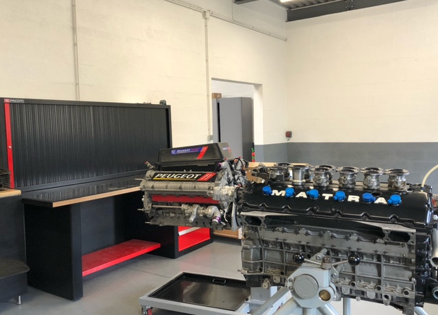 V10-V12 engines