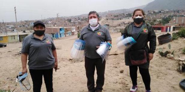 Grupo solidario de Trujillo dona 5 mil protectores a familias vulnerables
