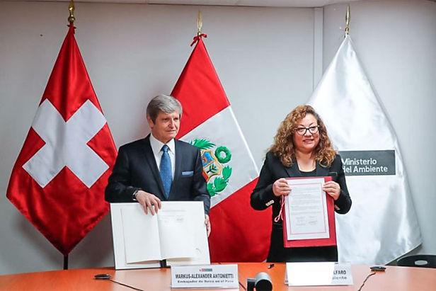 Perú y Suiza firman convenio para reducir gases