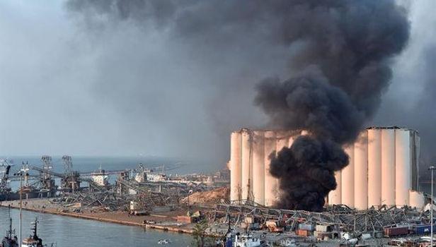 Arresto domiciliario para los encargados del almacenamiento del puerto de Beirut