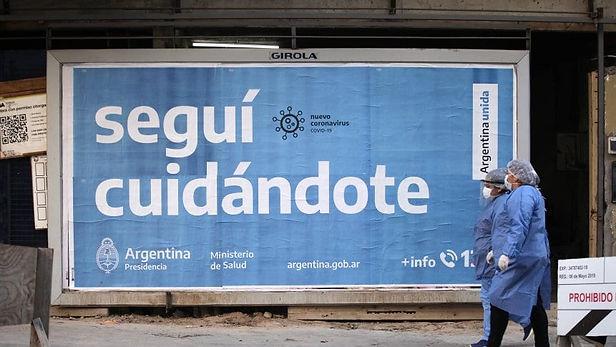 Argentina registra más de 14 mil casos covid-19 diarios