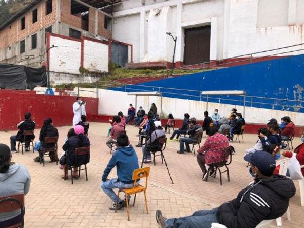 800 personas son atendidas en campaña médica en sierra de La Libertad