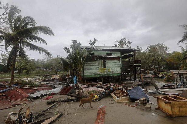 Tormenta Eta deja tres muertos y destrozos en su paso por Centroamérica