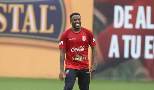 Jefferson Farfán comenzó a entrenar en la Villa Deportiva Nacional