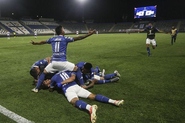 Vélez con Luis Abram es el primer semifinalista de la Copa Sudamericana 2020