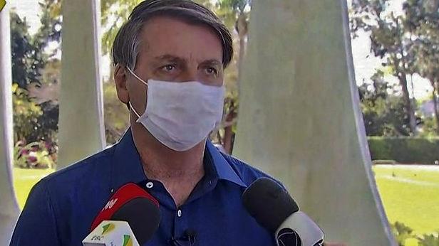 Presidente de Brasil amenaza a periodista que le pregunto por supuestos pagos ilícitos de la primera dama
