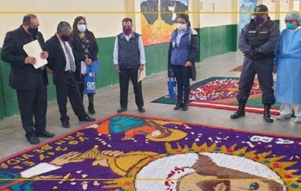 Internos del penal de Cajamarca concursan con alfombras florales
