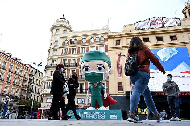 Madrid inicia días laborables de circulación restringida
