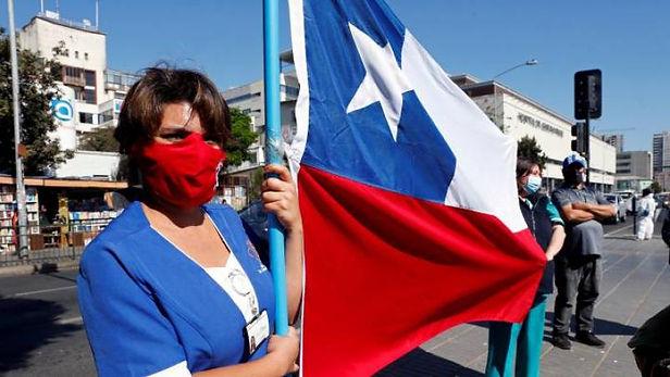 1.3 millones de personas salen de cuarentena en Chile