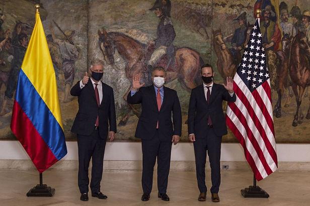 EE. UU. y Colombia fortifican plan para combatir el narcotráfico