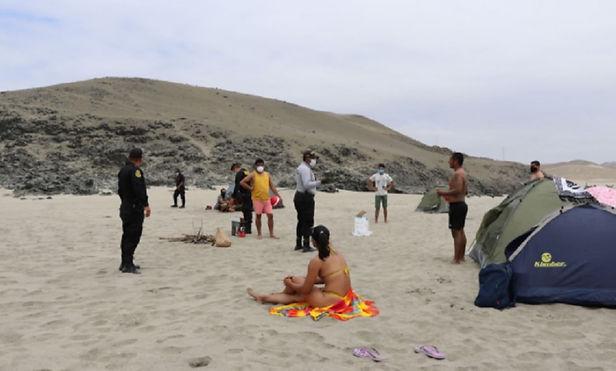 Policía realiza operativos en playas de Huarmey para evitar presencia de personas