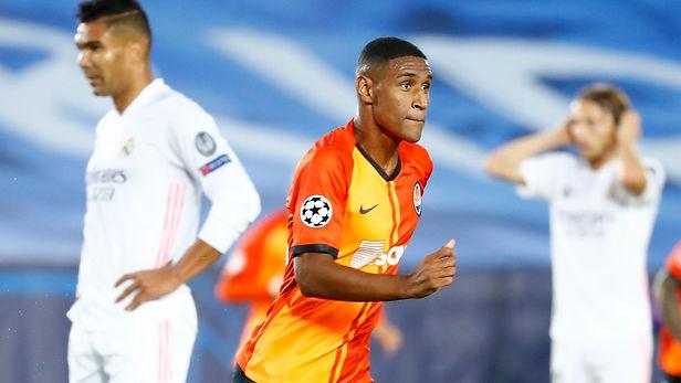 Real Madrid cae 3 a 2 ante Shakhtar Donetsk