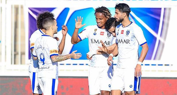 André Carrillo marcó un majestuoso gol en Arabia Saudita