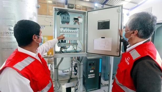Contraloría dona planta de oxígeno al Minsa para apoyar a pacientes Covid-19 en Cusco