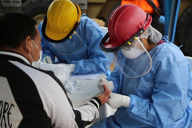 Perú procesa más de 4.5 millones de muestras para covid-19