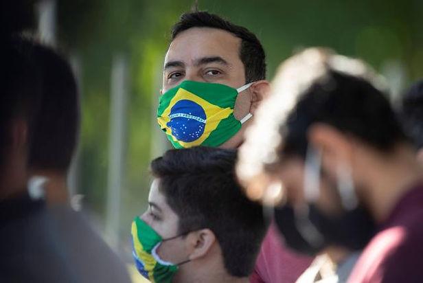 Brasil incrementa a 10 mil los voluntarios en tercera fase de la vacuna de Oxford