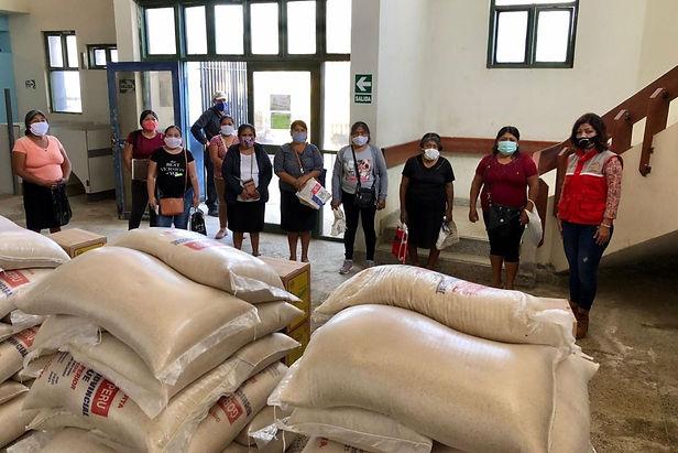 176 comedores de Lambayeque son beneficiados con 140 toneladas de alimentos