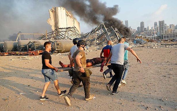 Se eleva a 154 las muertes por explosión en el Líbano