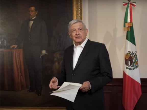 """Presidente mexicano López Obrador ve """"certidumbre"""" en la vacuna de Oxford contra el Covid-19"""