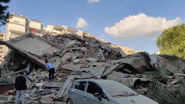 Terremoto en Turquía deja al menos 12 muertos y 419 heridos