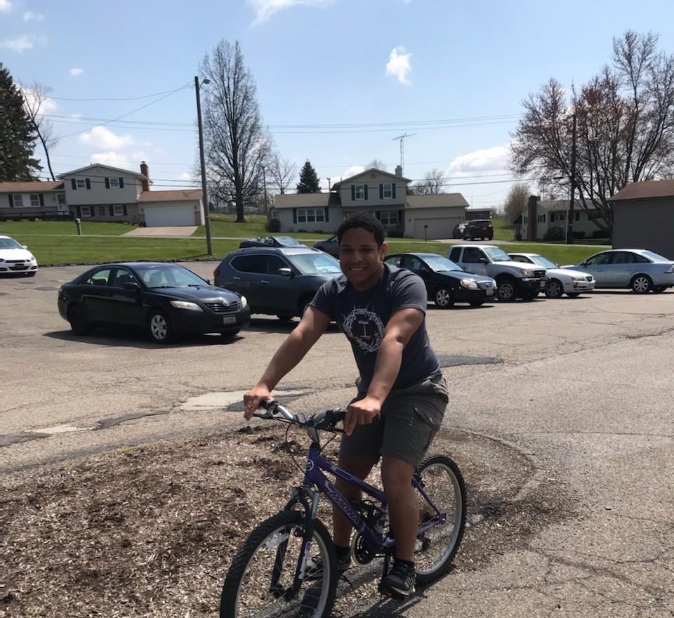 FR CALi Riding BIKE.jpg