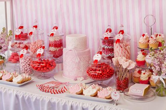 candy-bar-mariage-buffet-bonbons-anniversaire-.jpg
