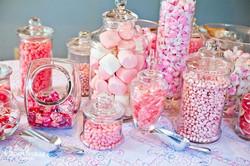 decoration-candy-bar-a-bonbon-buffet-de-sucreries-mariage-2013.jpg