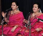 Saralaya Sisters - Vid. Kavitha Saralaya & Vid. Triveni Venkatram (Vocal)