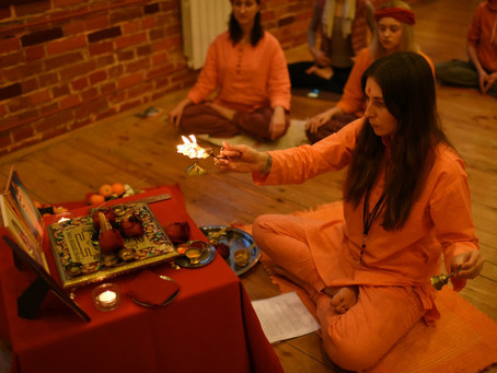 5 декабря 2015 г. Занятие по медитации и пуджа Хануману в Москве