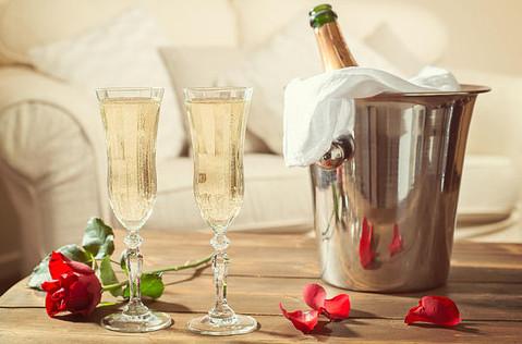 valentines-day-champagne.jpg