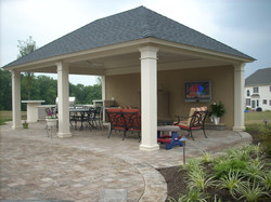 Picasa - Cabana with kitchenette and fireplace.jpg