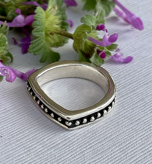 D Is For Delight Ring