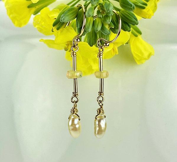 Rhapsody  Delight earrings