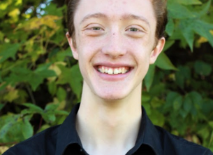 "Meet the Cast: Drew Sharpe, ""Lumiere"""