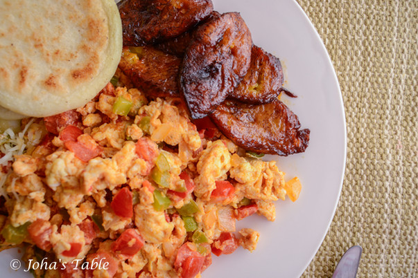 Perico in Caracas with Dany - Venezuela scramble eggs