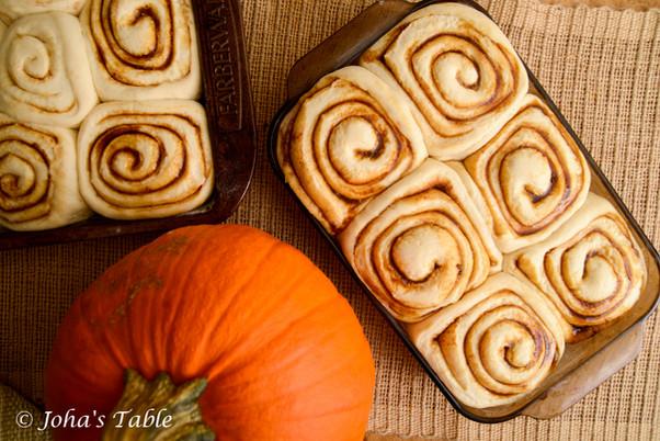 Roles de especia de calabaza, pasamanos y nuevas mezclas  (pumpkin spice rolls)